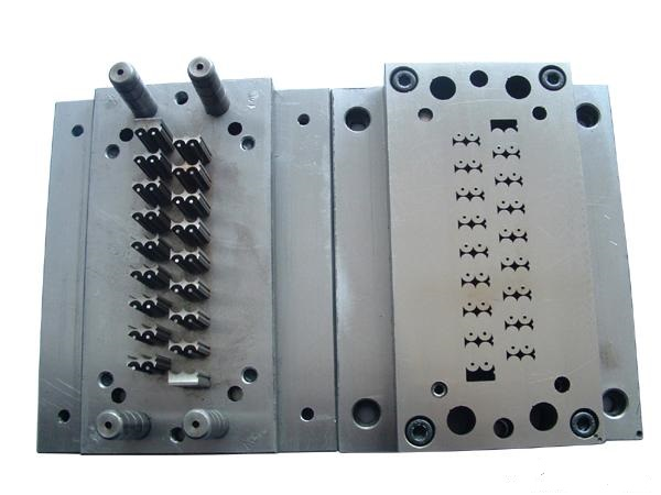 Hardware Stamping Mold Highly Developing